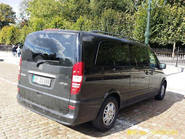 百万元豪华顶配八座奔驰Viano3.0加长版商务车